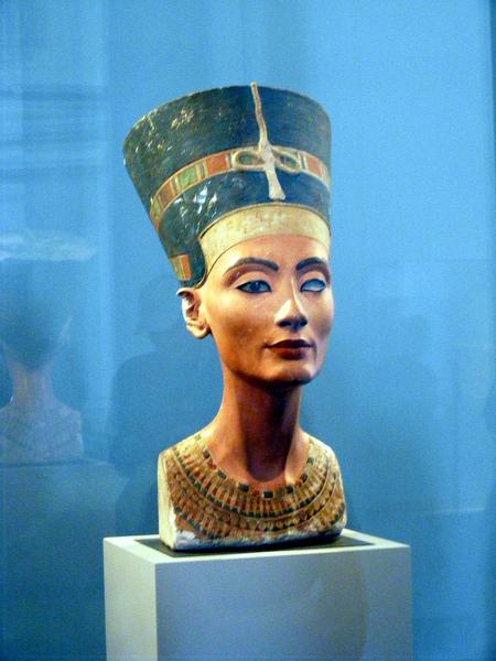 Busto da Nefertiti   Neues Museum   Foto de Franco Dal Molin