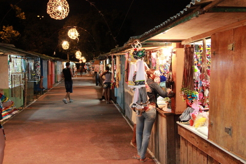 Corredores da Feira de Artesanato | Praia do Jacaré | Cabedelo, PB