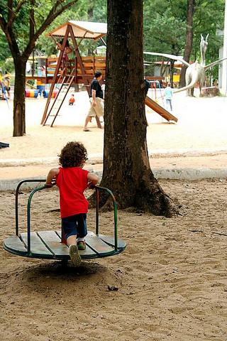 Criança Brincando no Mutirama | Goiânia