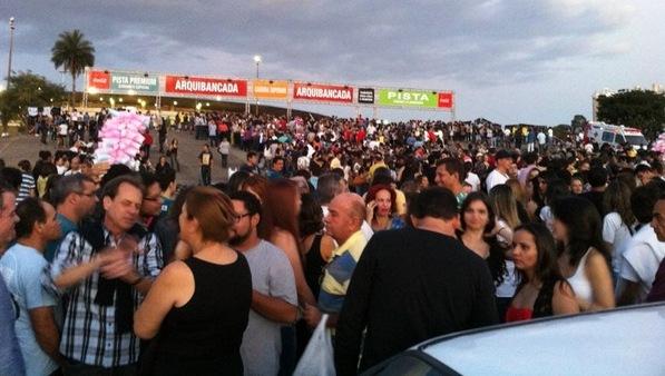 Muvuca entrada no Serra Dourada no Show do Paul McCartney em Goiânia
