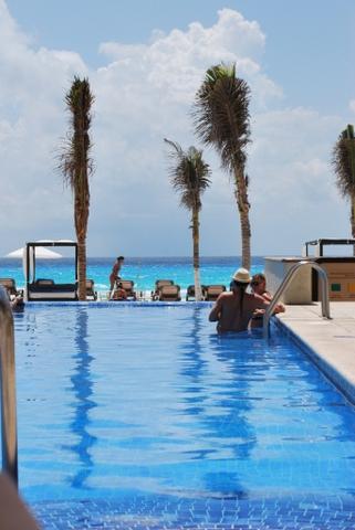 Cancun | Hotel Avalon