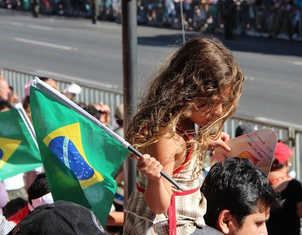 Desfile 7 de Setembro | Brasília | Criança na Arquibancada