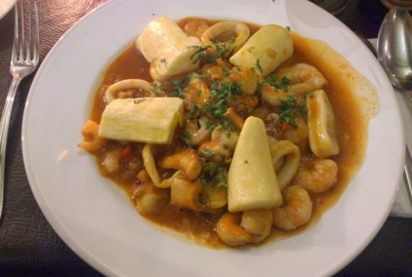 Culinária Chilena | Empesado de Corvina com Mariscos