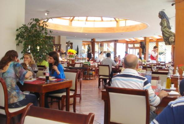 Vista interna do Chez Gerald em Vina del Mar