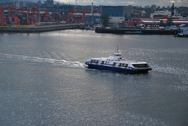 Vancouver | SeaBus por Tathi Sobroza