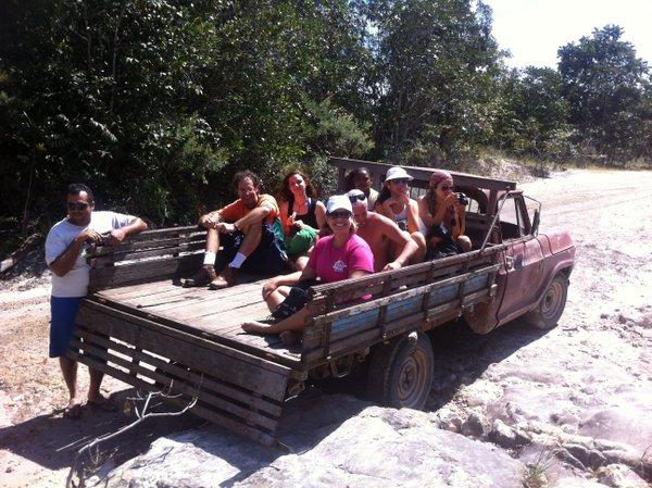 Caminho de Pau de Arara até a Cachoeira de Santa Bárbara