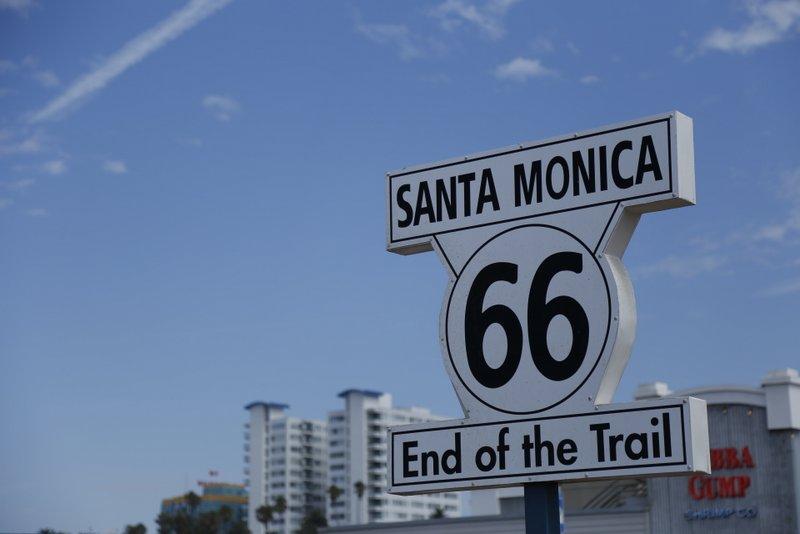 Pier Santa Monica | Placa que marca o fim da Rota 66