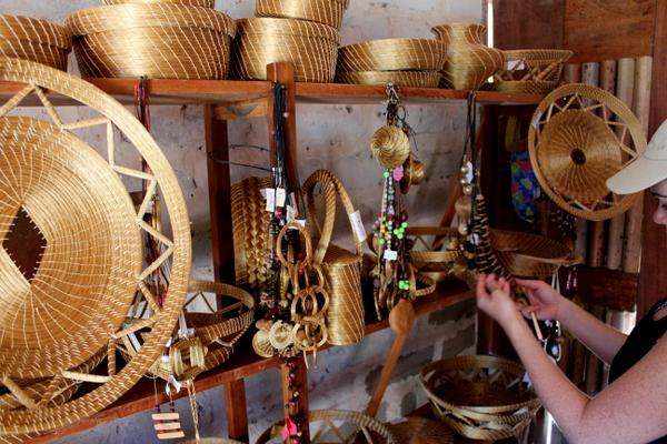 Loja de artesanatos em Capim Dourado no Povoado de Mumbuca no Jalapão