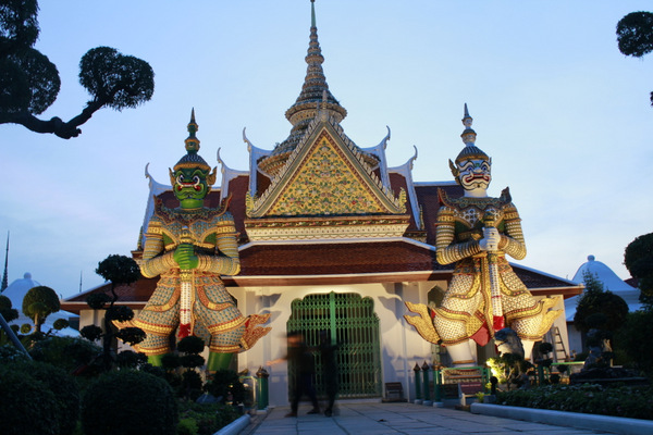 Templo Wat Arun em Bangkok 4