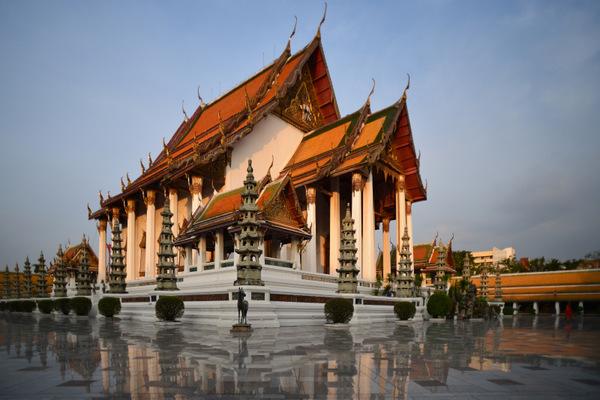 Templo Wat Suthat em Bangkok
